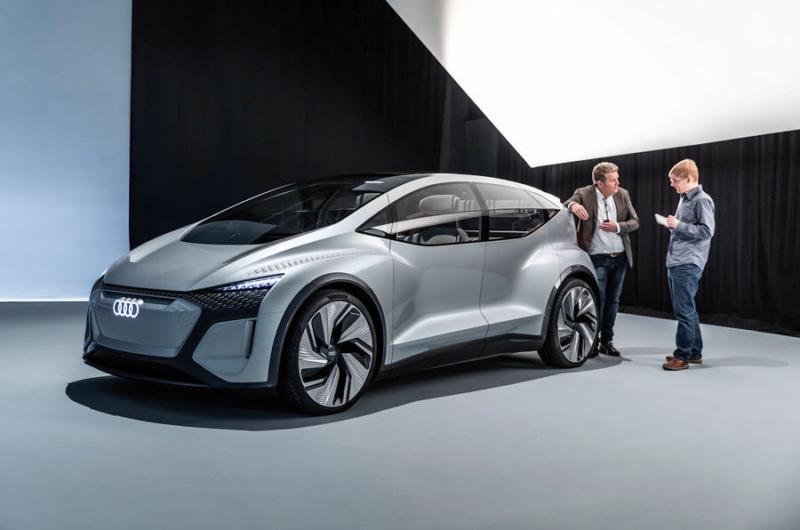 2019 - [Audi] AI:me E-Tron / AI:Trail Quattro 08472110