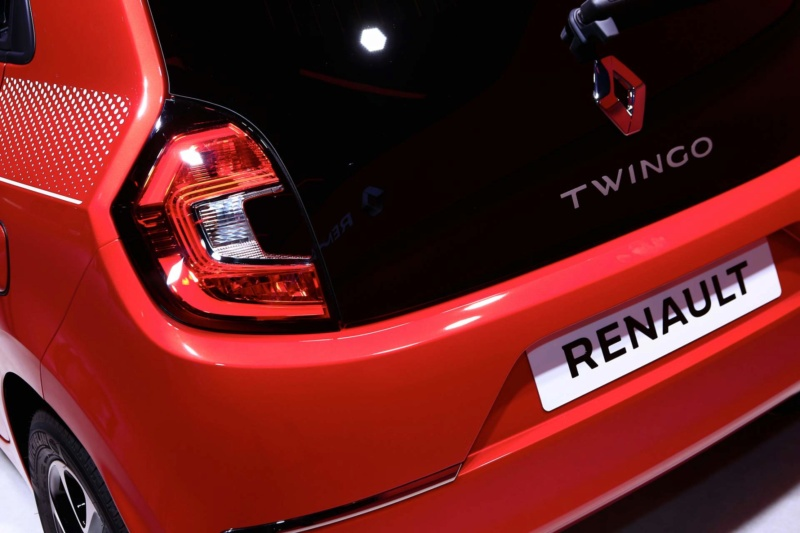 2018 - [Renault] Twingo III restylée - Page 12 09a52810