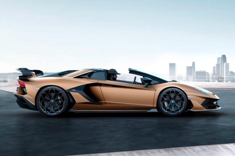 2011 - [Lamborghini] Aventador LP700-4 - Page 27 09b53c10