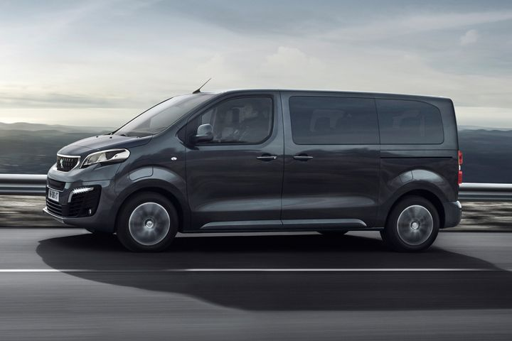 2016 - [Citroën/Peugeot/Toyota] SpaceTourer/Traveller/ProAce - Page 39 0b73b310
