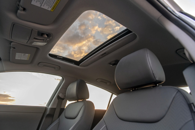 2016 - [Hyundai] Ioniq - Page 6 0df1d410