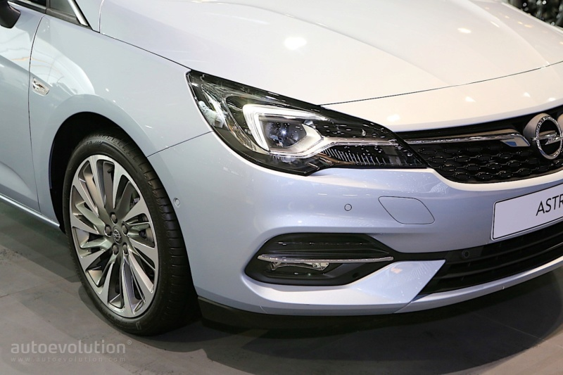 2018 - [Opel] Astra restylée  - Page 7 10c38810