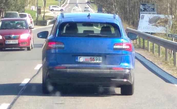 2021 - [Skoda] SUV EV 121