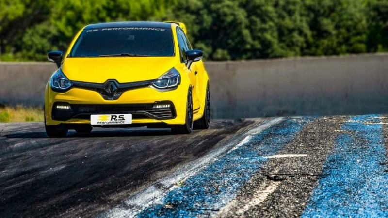 2016 - [Renault] Clio IV restylée - Page 10 12a90b10