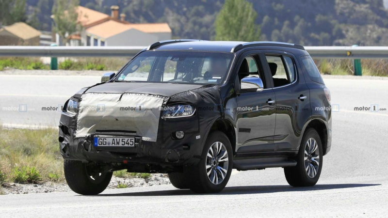 2012 - [Chevrolet] Trailblazer  16048e10