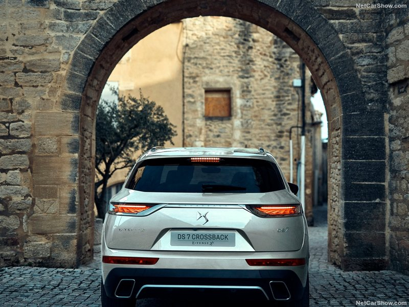 2018 - [DS Automobiles] DS 7 Crossback (X74) - Page 25 1ae58f10