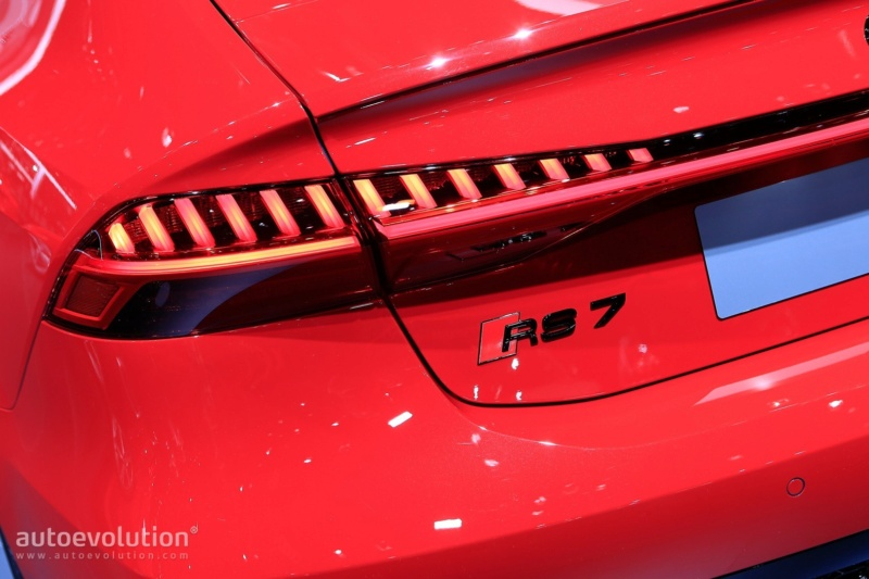 2017 - [Audi] A7 Sportback II - Page 10 1dd67810