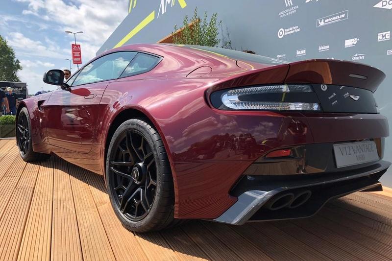 2011 - [Aston Martin] Vantage restylée - Page 4 1f3a4610
