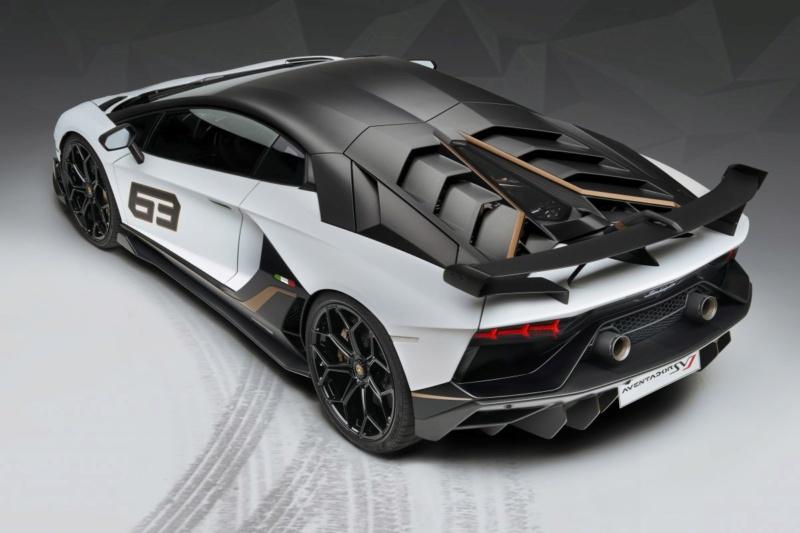 2011 - [Lamborghini] Aventador LP700-4 - Page 27 1f795110