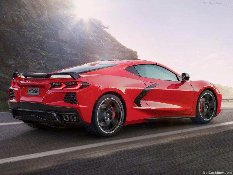 Corvette C8 Stingray (2019) 8