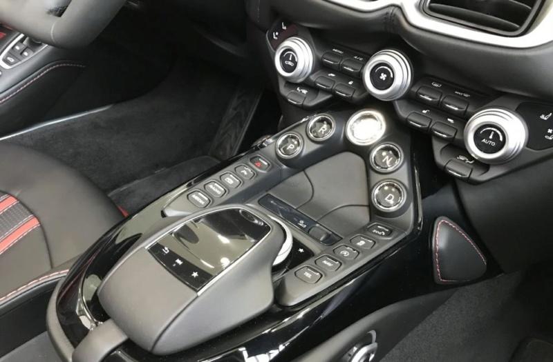 2019 - [Aston Martin] DBX - Page 9 2011