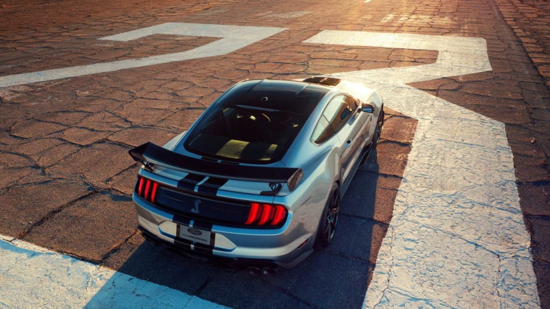 2014 - [Ford] Mustang VII - Page 16 2020-f18