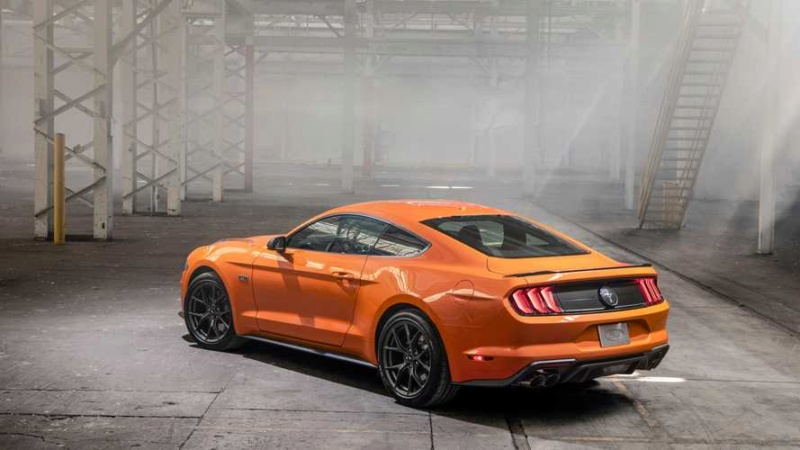 2014 - [Ford] Mustang VII - Page 17 2203a710