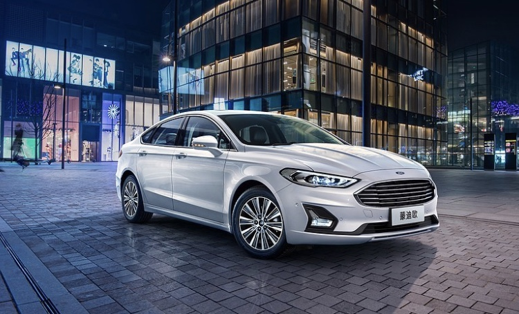 2018 - [Ford] Mondeo/Fusion V - Page 2 2287ac10