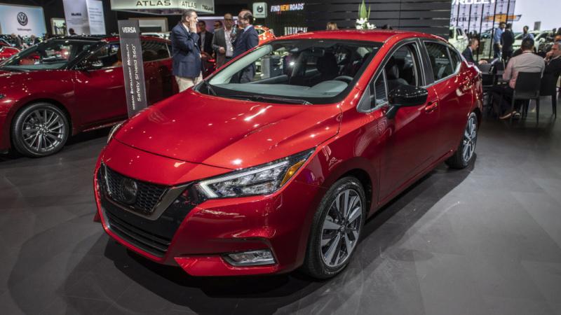 2020 - [Nissan] Versa 2321af10
