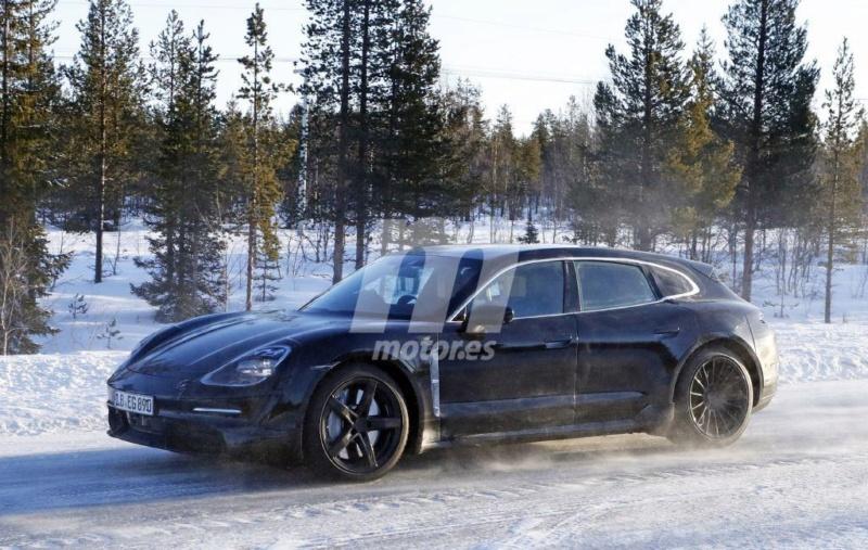 2020 - [Porsche] Taycan Sport Turismo 25bd8110