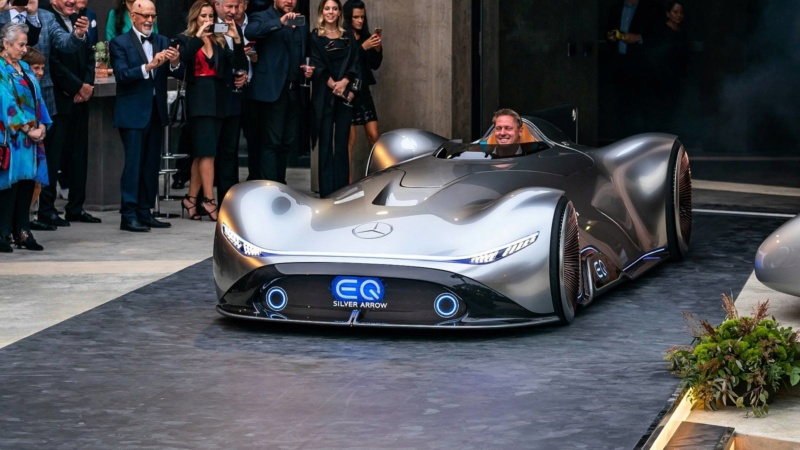 2018 - [Mercedes] EQ Silver Arrow Concept (Pebble Beach) - Page 2 265bf910