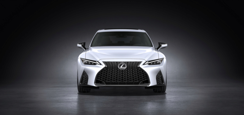 Lexus IS (2020) 61