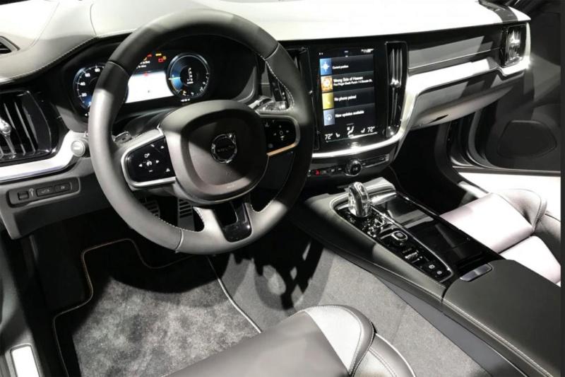 2018 - [Volvo] S60/V60 - Page 8 2b703d10