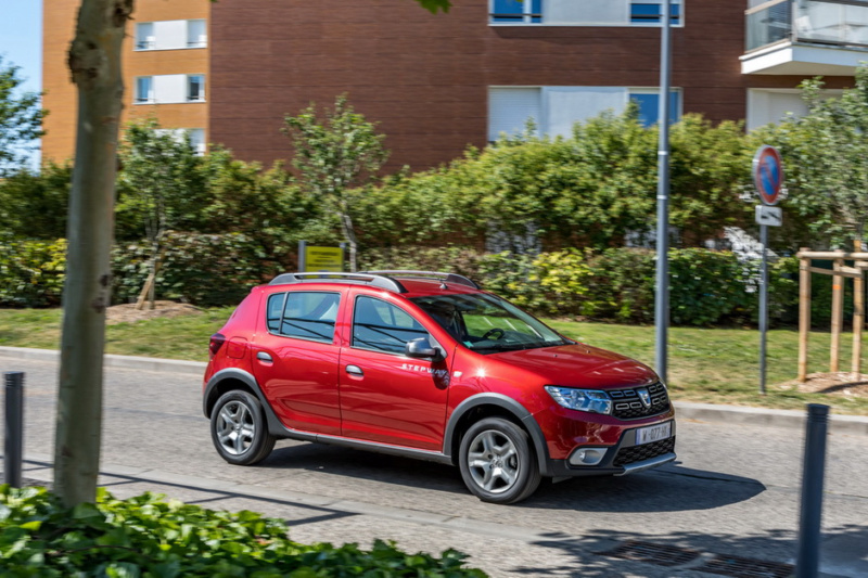 2016 - [Dacia] Sandero & Logan restylées - Page 11 2b861810