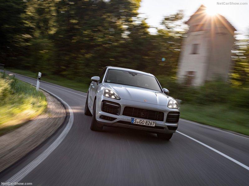 2016 - [Porsche] Cayenne III - Page 6 2c232210
