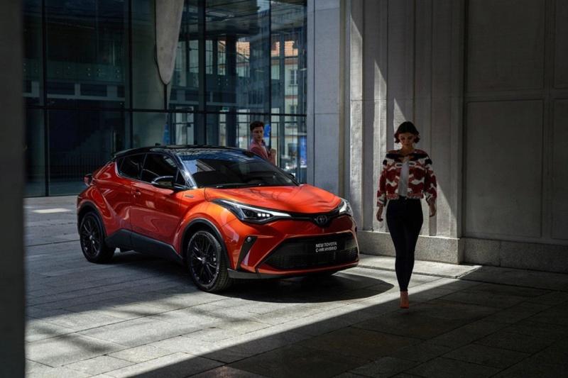 2016 - [Toyota] C-HR - Page 10 2d90ed10