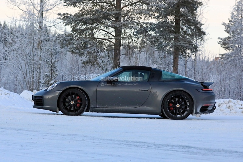 2018 - [Porsche] 911 - Page 17 2e8b0a10