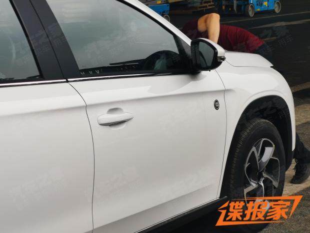 2014 - [Citroën] C3-XR (Chine) - Page 17 2f5c2510