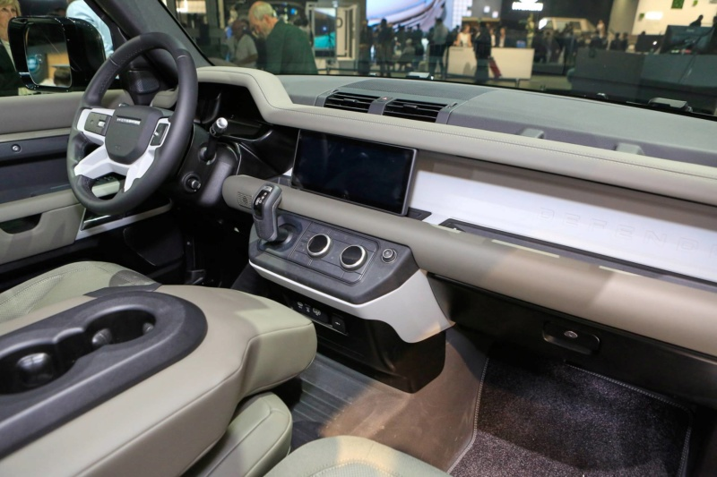 2018 - [Land Rover] Defender [L663] - Page 13 30484810