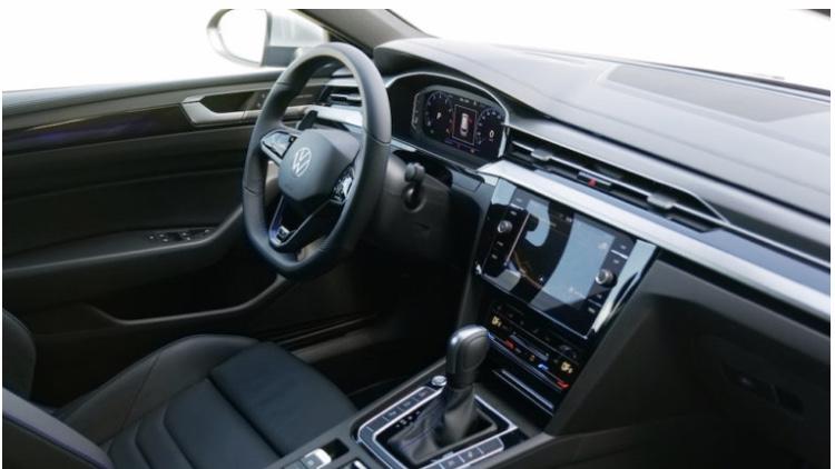 2019 - [Volkswagen] Arteon Shooting Brake - Page 4 30acae10