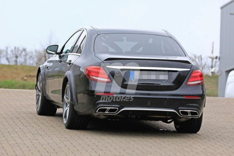 2020 - [Mercedes] SLK IV [R173] 356bd210