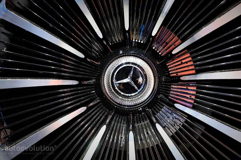 2019 - [Mercedes-Benz] EQS Concept  - Page 2 37192410