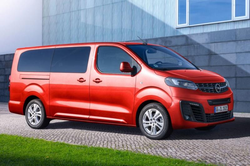 2016 - [Citroën/Peugeot/Toyota] SpaceTourer/Traveller/ProAce - Page 40 3780cc10
