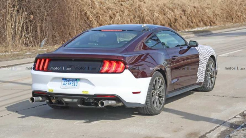 2021 - [Ford] Mustang VIII 39922c10