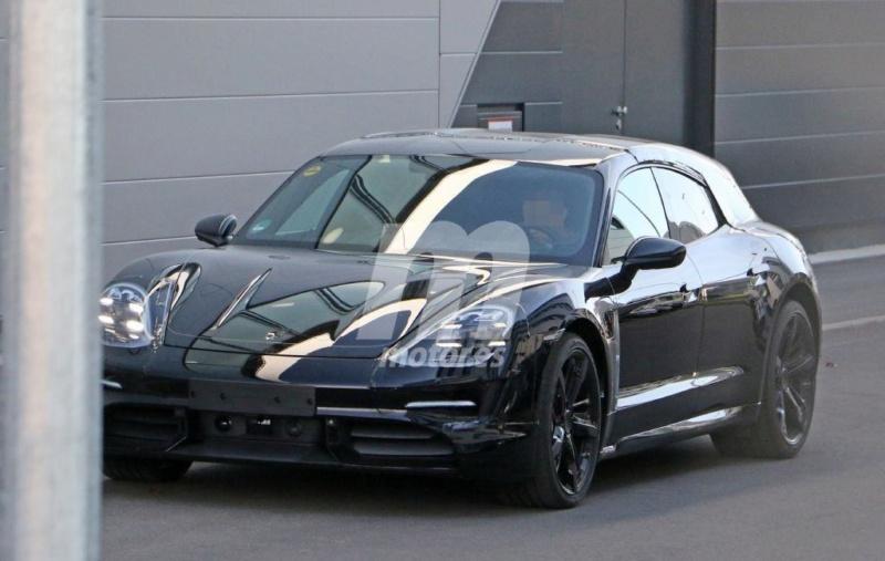 2020 - [Porsche] Taycan Sport Turismo 3a271710