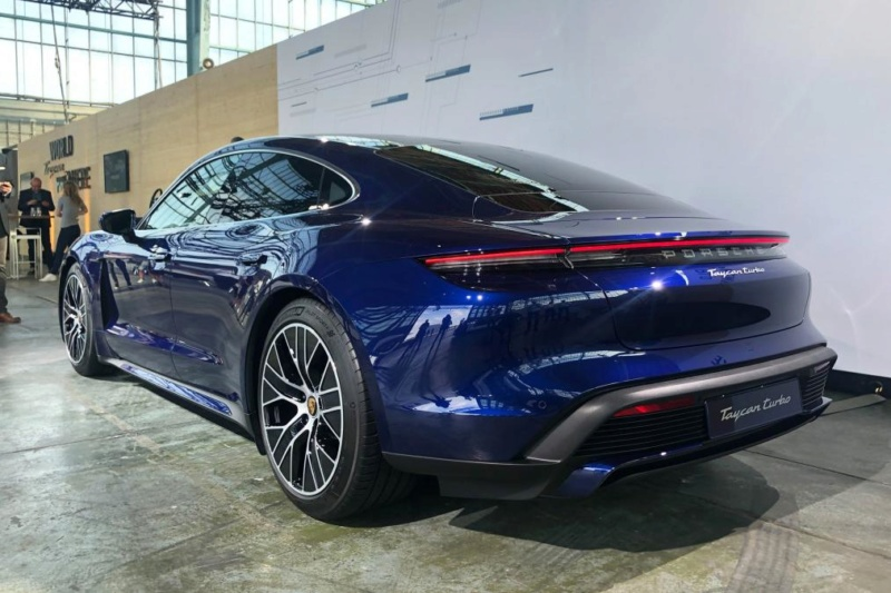 2019 - [Porsche] Taycan [J1] - Page 13 3a5ee110