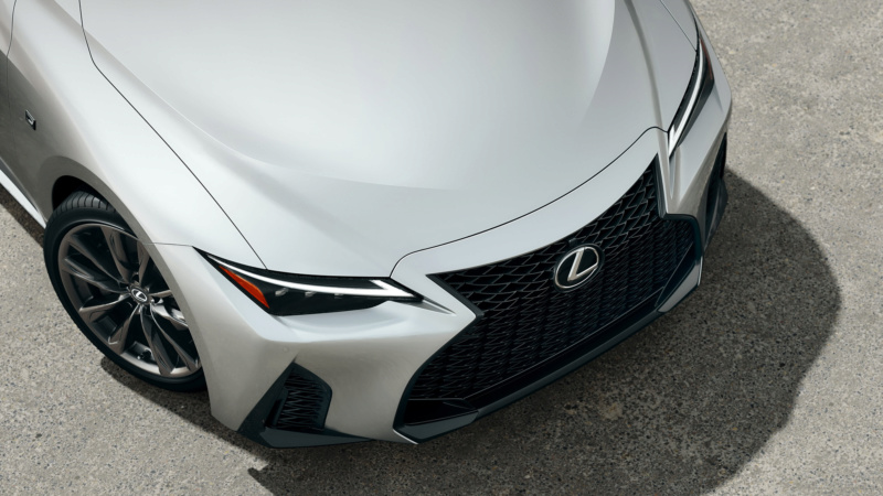 Lexus IS (2020) 54