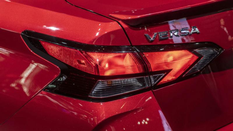 2020 - [Nissan] Versa 3b87c210