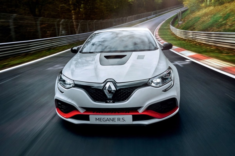 2017 - [Renault] Megane IV R.S. - Page 29 3f8f1310