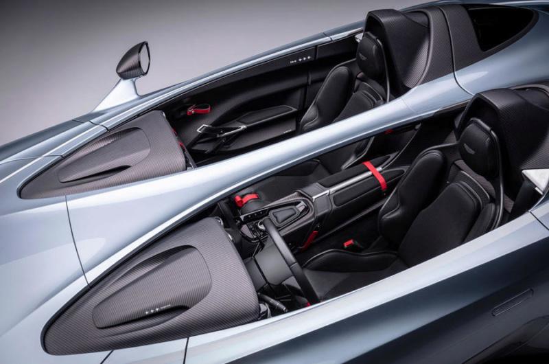 2017 - [Aston Martin] Vantage - Page 4 40430610