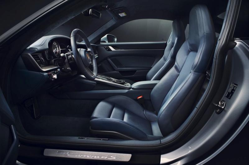 Porsche 911 (992) 2019 17