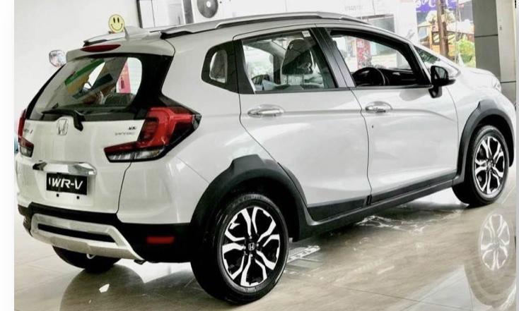 2016 - [Honda] WR-V 4203b710