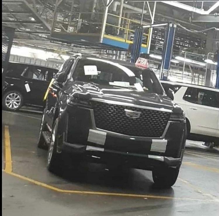 202 - [Cadillac] Escalade V 421d4610