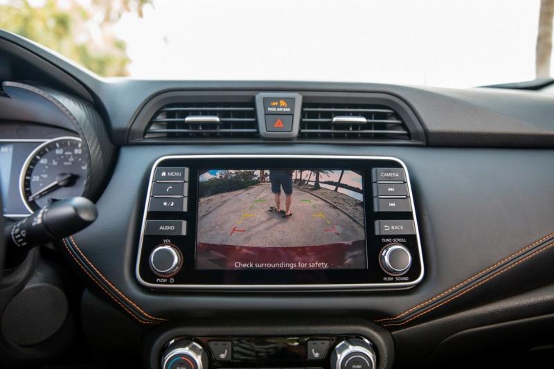 2020 - [Nissan] Versa 42240b10