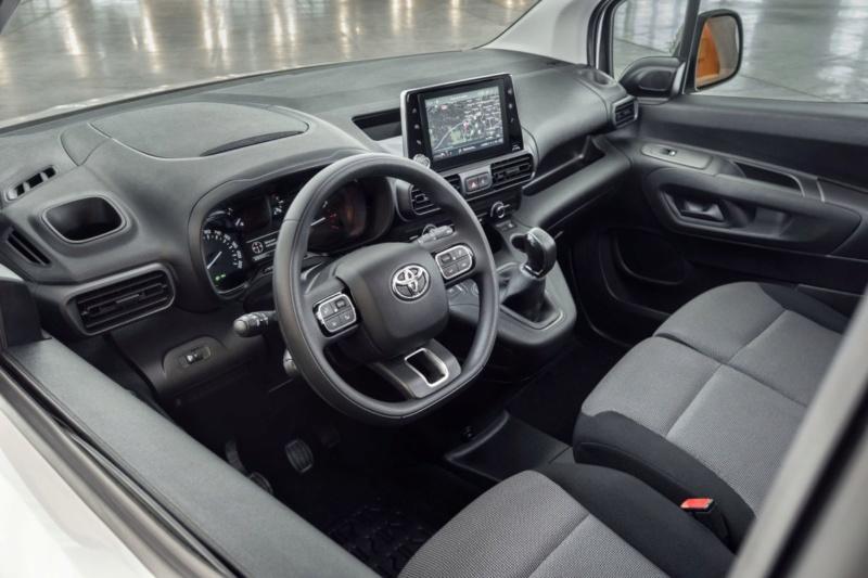 2018 - [Peugeot/Citroën/Opel] Rifter/Berlingo/Combo [K9] - Page 3 43943c10