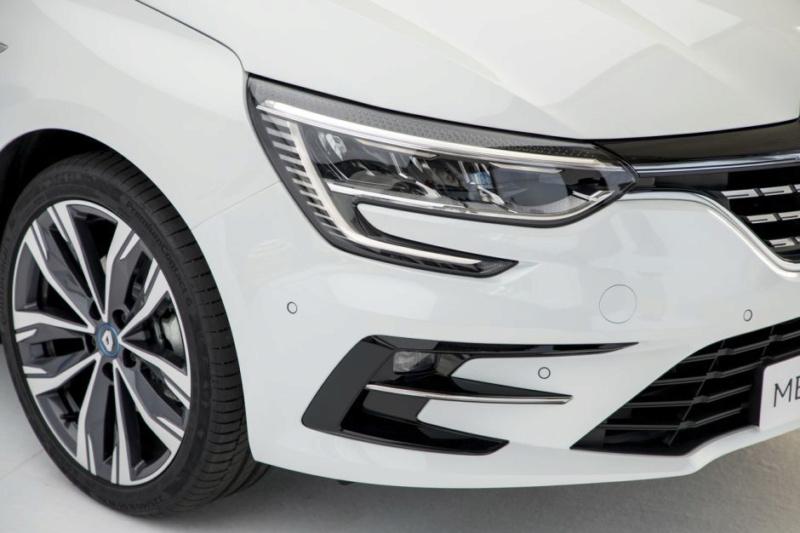 2019 - [Renault] Megane IV restylée  - Page 23 459b1510