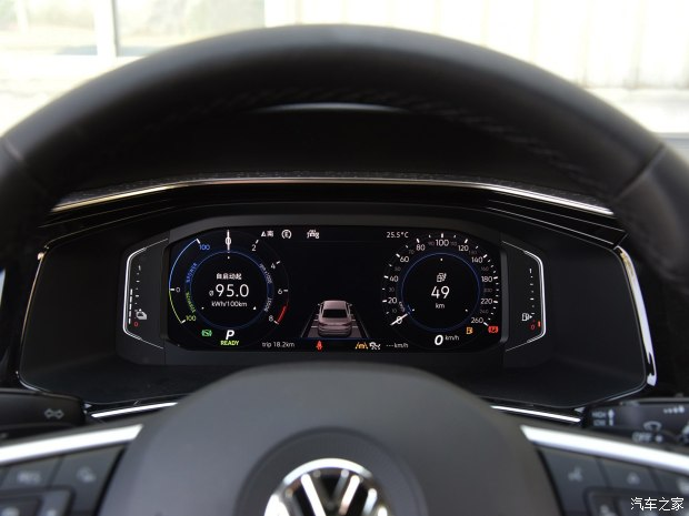 2018 - [Volkswagen] Tayron - Page 2 49d36010