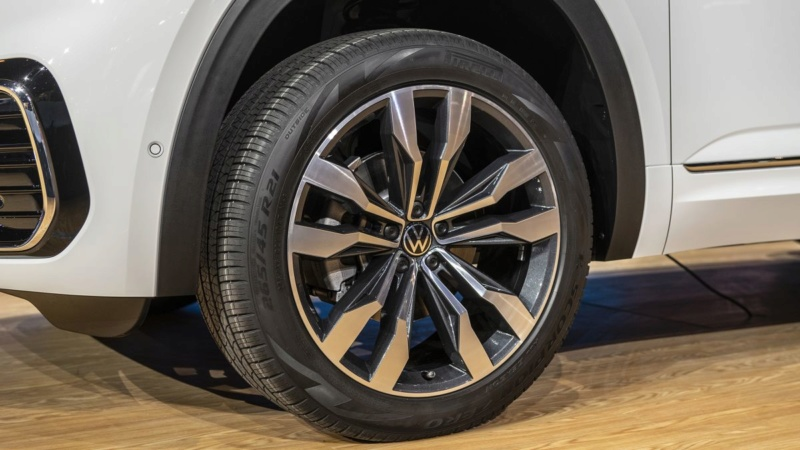2017 - [Volkswagen] Atlas / Teramont - Page 9 4a539b10