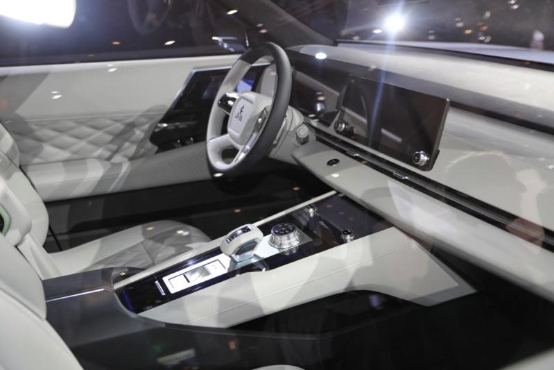 2019 -[Mitsubishi] Engelberg Tourer Concept 4a809310