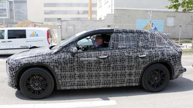 2021 - [BMW] iNext SUV 4f756c10